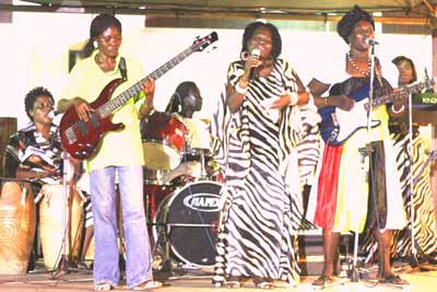 Della Hayes performance on African Week - Alisa Hotels
